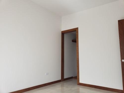 casa en venta en bosques del valle iv. con recamara en p.b.