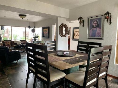 casa en venta en bugambilias primera seccion