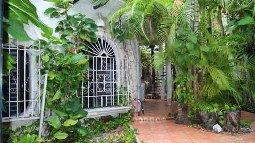 casa en venta  en calle 1 bis playa del carmen p2847