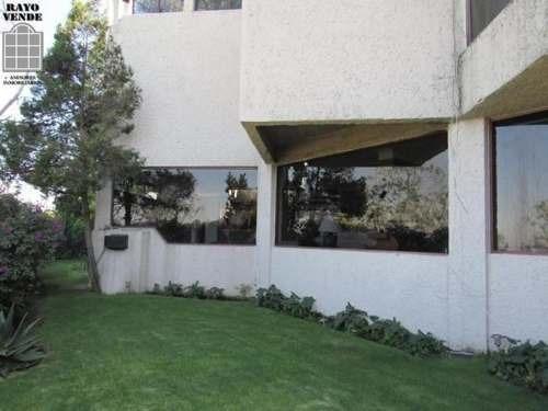 casa en venta en calle con vigilancia pedregal