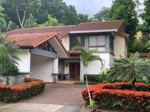 casa en venta en camino de cruces el dorado panama