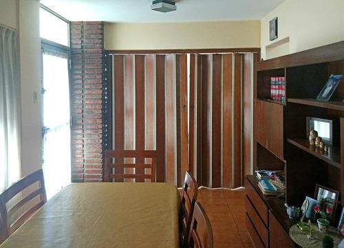 casa en venta en campana centro 2 dormitorios y cochera. apta credito
