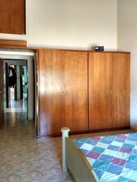 casa en venta en campana centro. 3 dormitorios. 3 baños. garage.