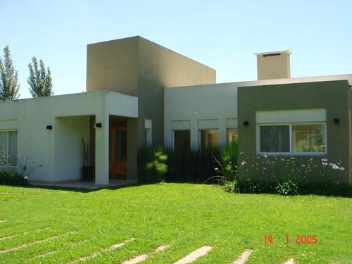 casa en venta  en campos de roca