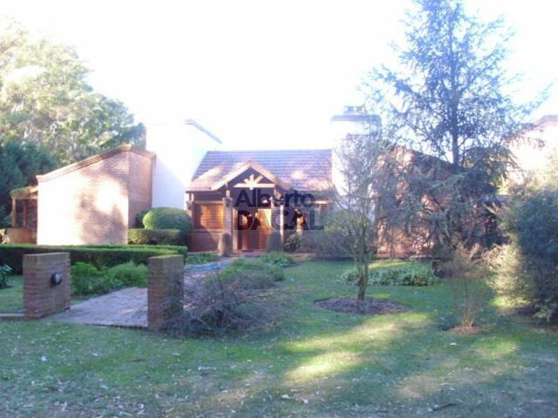 casa en venta en campos de roca campos de roca - alberto dacal propiedades