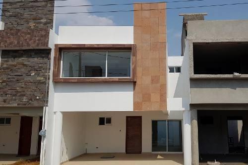 casa en venta en cañada cuautlancingo