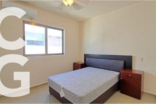 casa en venta en cancun en residencial arbolada de 3 rec