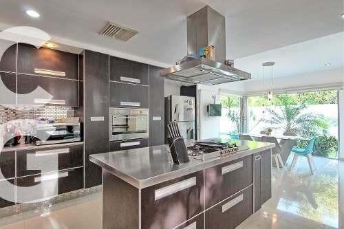 casa en venta en cancun en residencial lagos del sol de 4 r