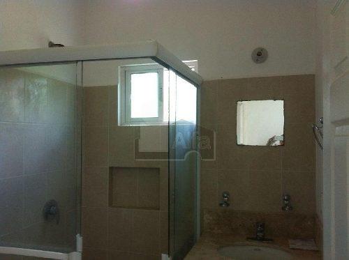 casa en venta en cancún en villa maya, 3 recamaras 2 baños y medio , alberca, palapa para eventos!