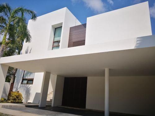 casa en venta en cancun  villa magna