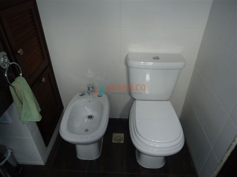 casa en venta en  cantegril, 4 dormitorios *-ref:2240