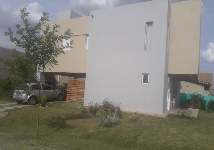 casa en venta en carlos spegazzini