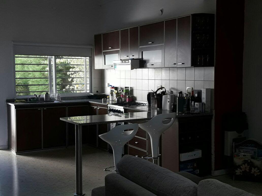 casa en venta en city bell   17 e/ 461c y 462