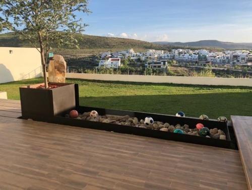 casa en venta en club de golf la loma con increíble vista al campo