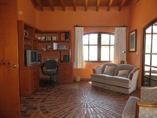 casa en venta en club de golf tequisquiapan, queretaro. cabr0246
