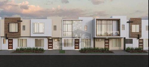 casa en venta en cluster camino a san josé de guanajuato.
