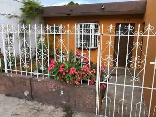 casa en venta en col. genaro estrada
