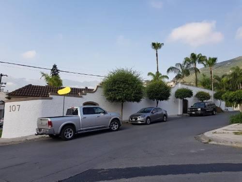 casa en venta en colinas de san jeronimo