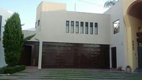 casa en venta en colinas del parque