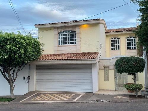 casa en venta en colonia montebello