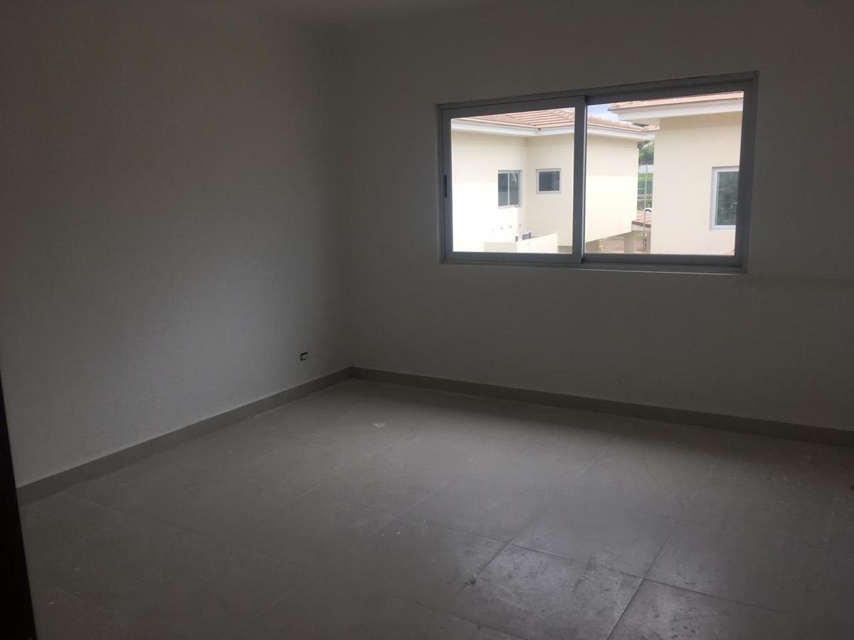 casa en venta en condado del rey #19-2109hel**