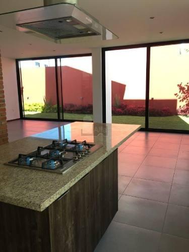 casa en venta en condominio casa fuerte, tlajomulco de zúñiga, jalisco