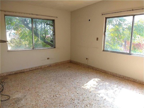 casa en venta en contry los naranjos, monterrey.