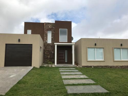 casa en venta en costa esmeralda- deportiva i lote 100