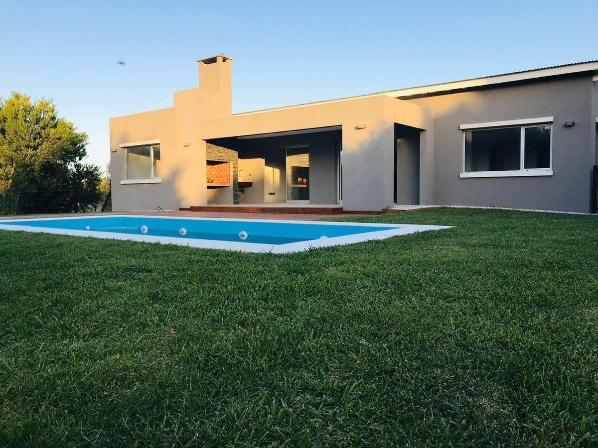 casa en venta en costa esmeralda pinamar
