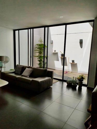 casa en venta en coto a 10 minutos de plaza galerias