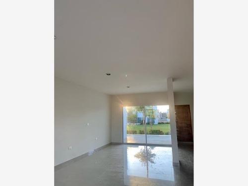 casa en venta en coto platino acceso área verde
