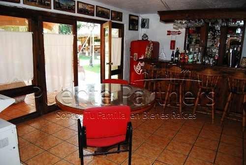 casa en venta en cuernavaca. quinta, villa. uso de suelo