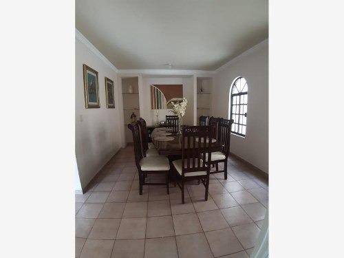 casa en venta en cumbres 5to sect secc a
