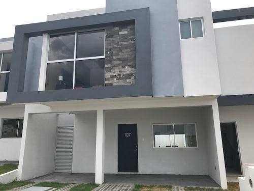 casa en venta en cumbres de juriquilla