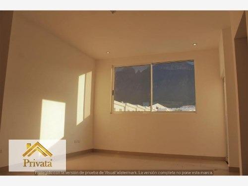 casa en venta en cumbres del sol