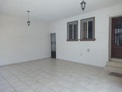 casa en venta en cumbres elite 5to sect
