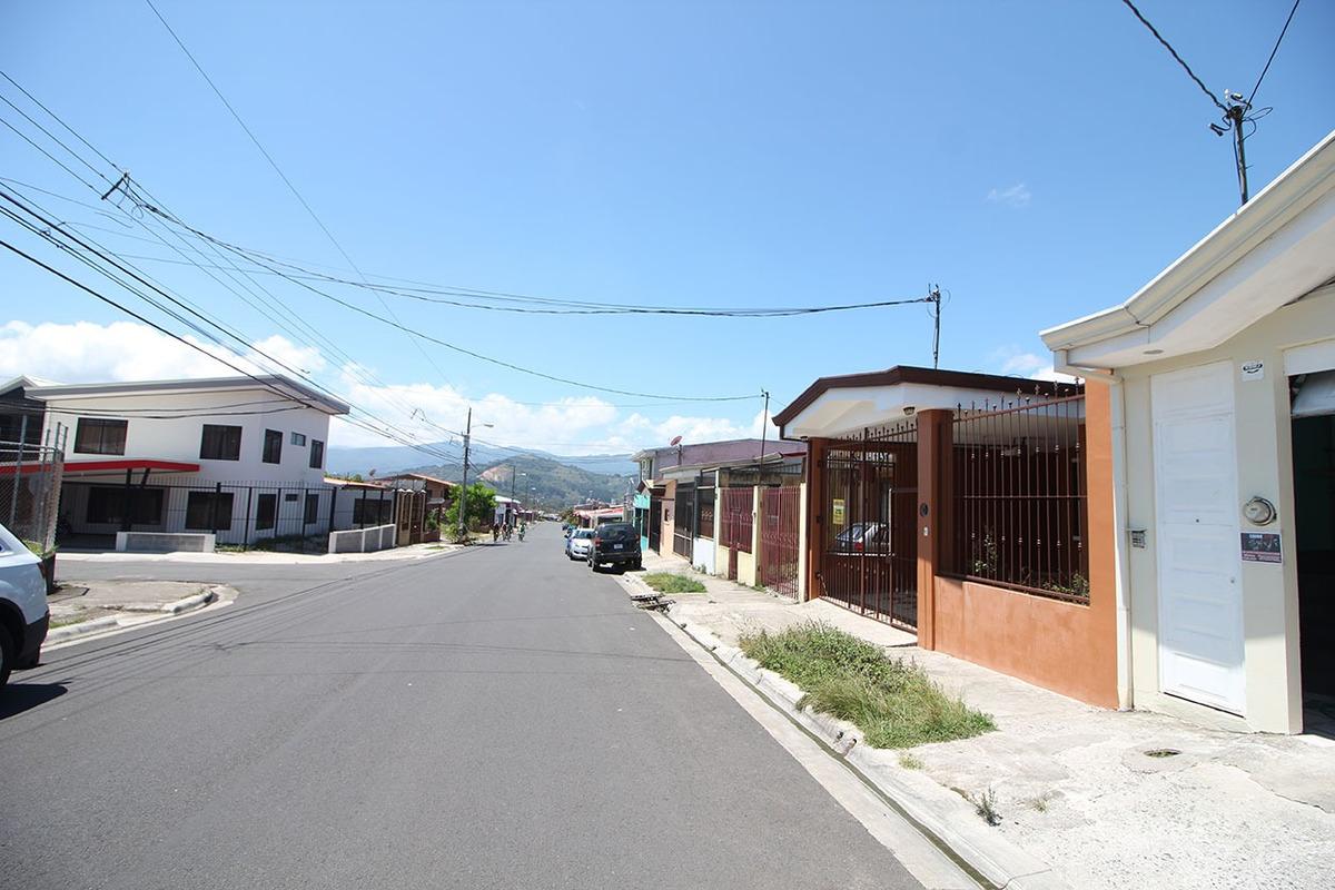 casa en venta en dulce nombre, cartago (nhp-455)