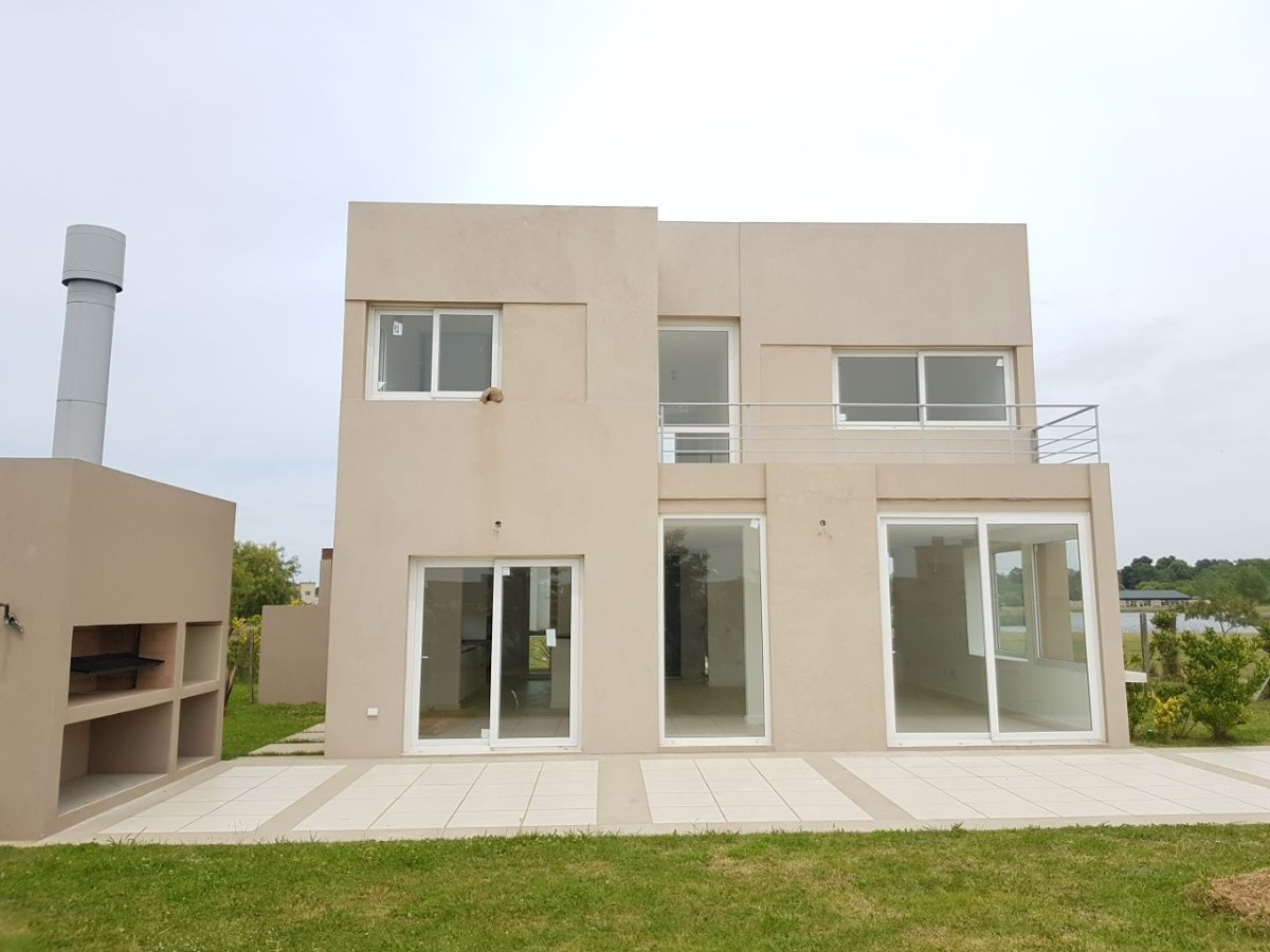 casa en venta en el cantón