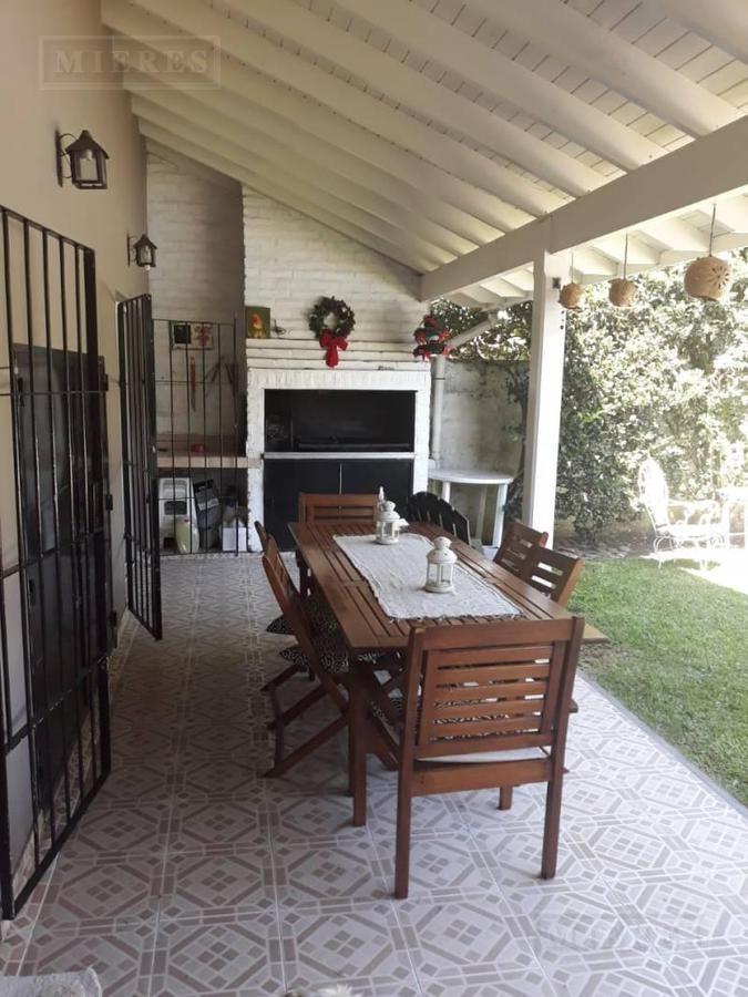 casa en venta en el centro de tigre