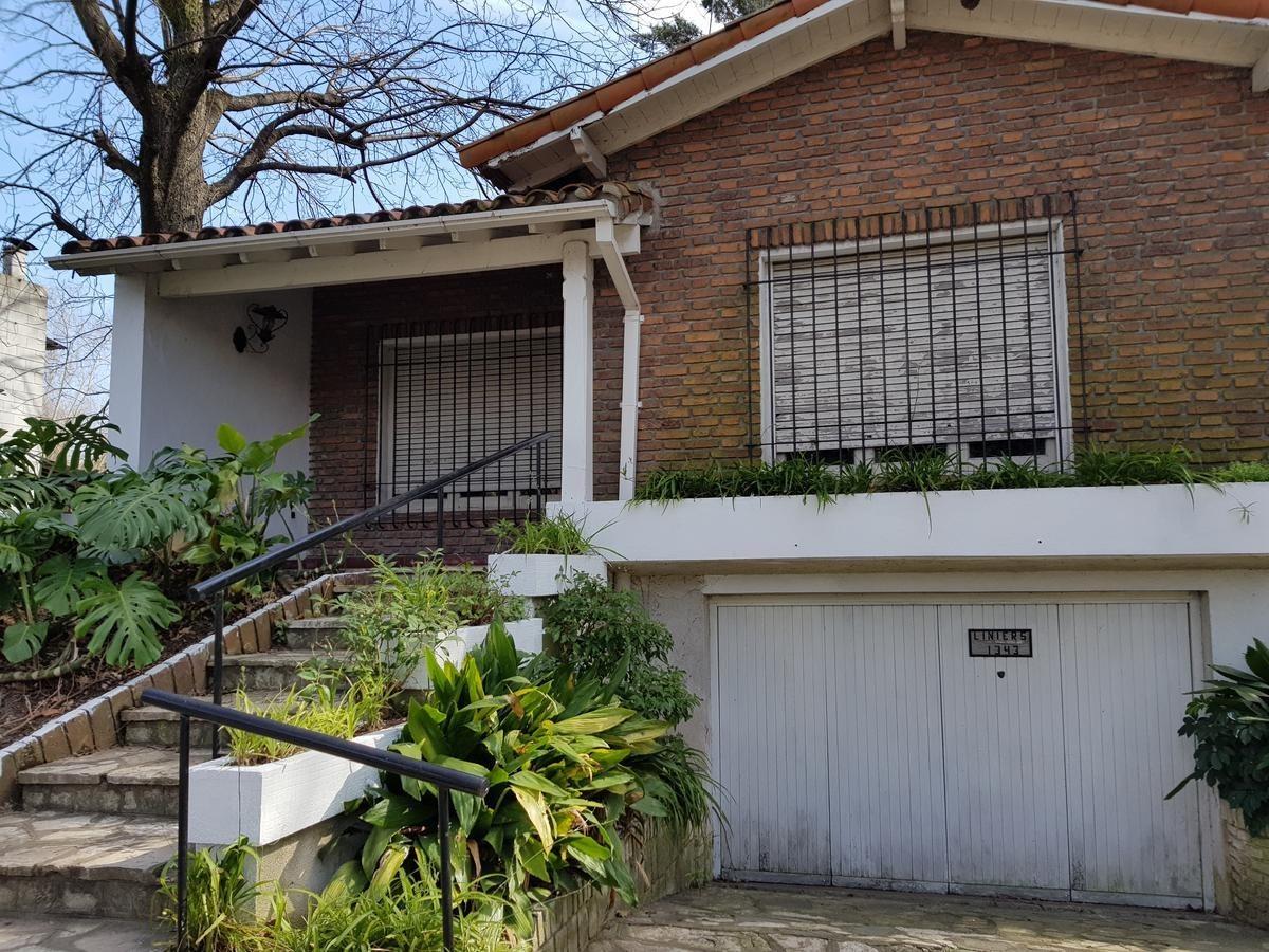 casa en venta en el centro de tigre opcion alquiler !!