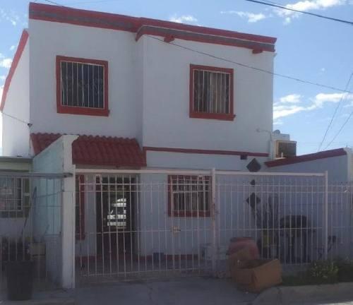 casa en venta en el fraccionamiento oasis revolución