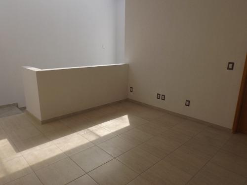 casa en venta en el fraccionamiento real de juriquilla