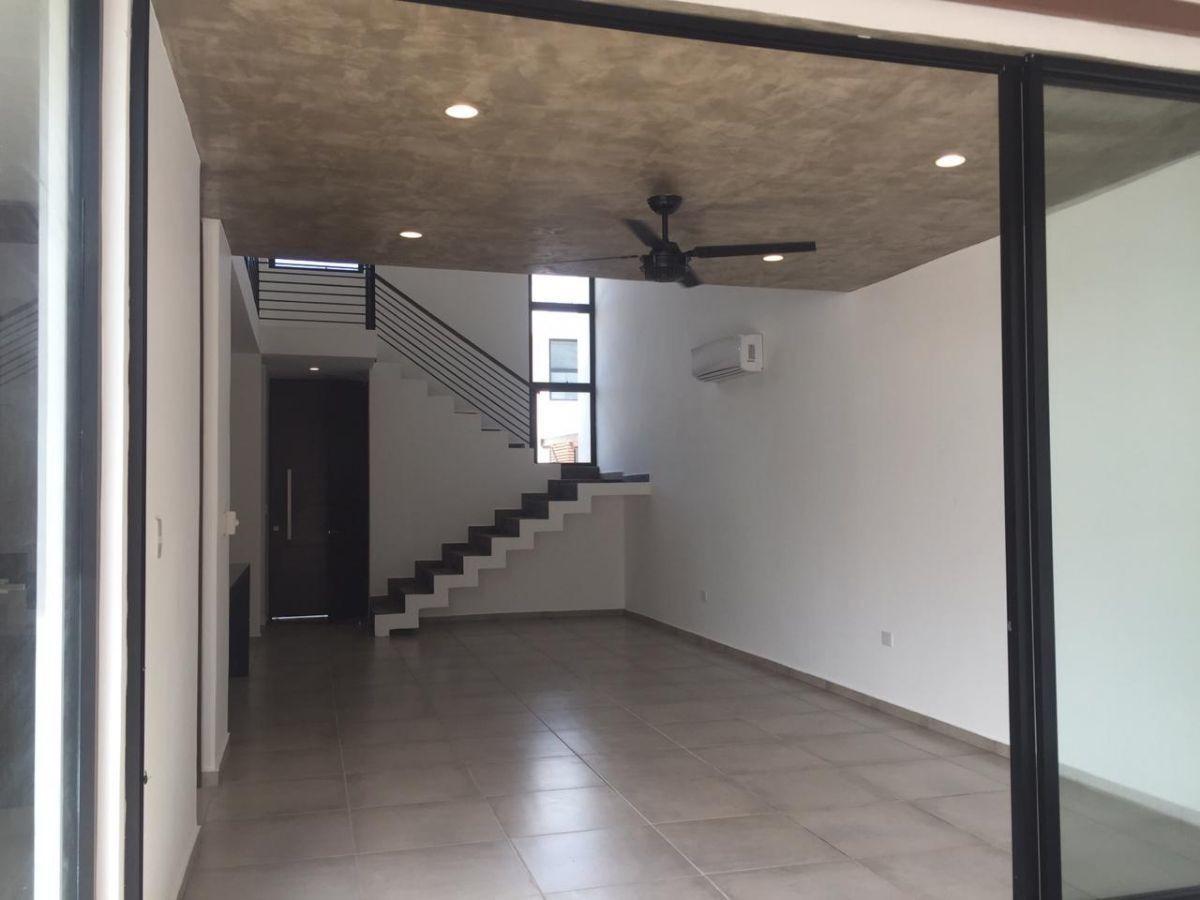 casa en venta en el norte de mérida, altamira ma+