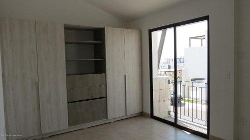 casa en venta en el refugio, queretaro, rah-mx-20-306
