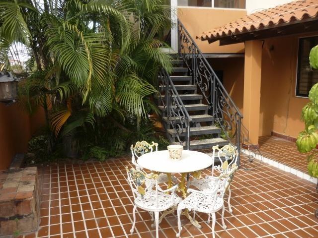 casa en venta en este de barquisimeto #20-132