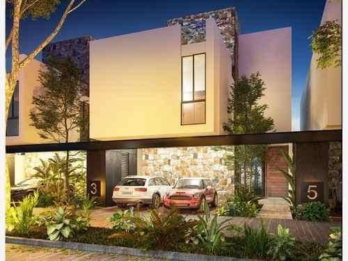casa en venta en estrena casa de 3 niveles en merida 3 recamaras