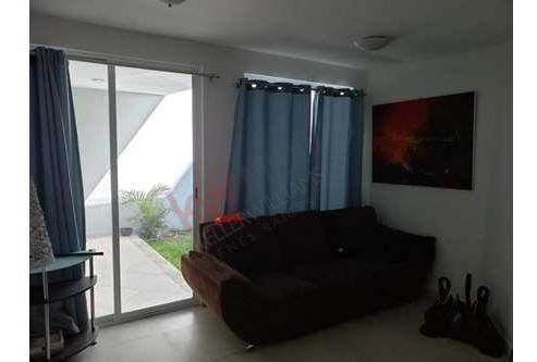 casa en venta en excelente ubicacion en lomas tercera seccion