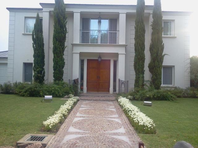 casa en venta en ezeiza