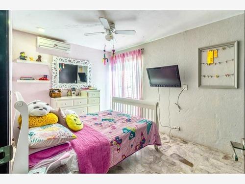casa en venta en ferrocarrilera  a cuadras de malecon