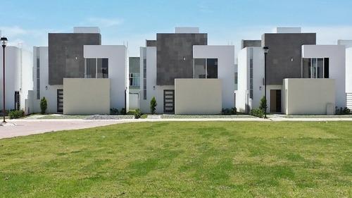 casa en venta en foresta metepec $2,980,000.00 pesos.